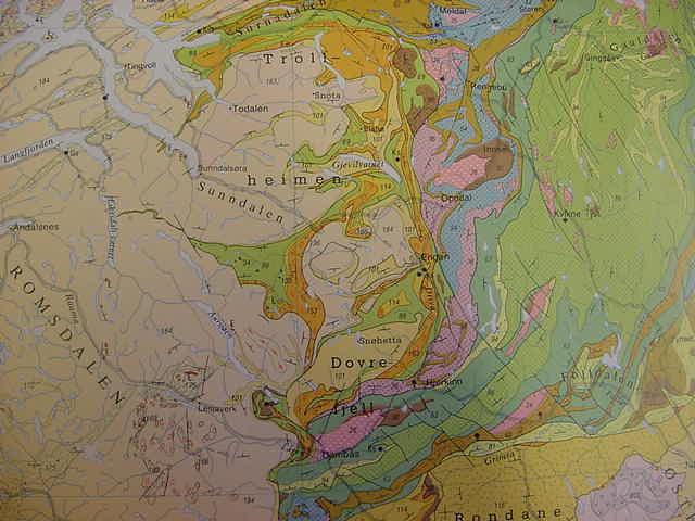 kart over snøhetta Trollheimen_Dovrefjell kart over snøhetta